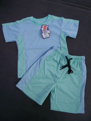 BNWT Boys Size 4 Cute Pale Mint and Blue Stretch Sports Tee Shirt /& Shorts Set