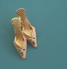 Adorable Vintage Signed Avon High Heeled Shoes w/ Flowers Pin/brooch