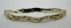 Vintage-Lovely-Quality-Stylish-Two-Colour-14-carat-Gold-Bracelet-Small-Wrist