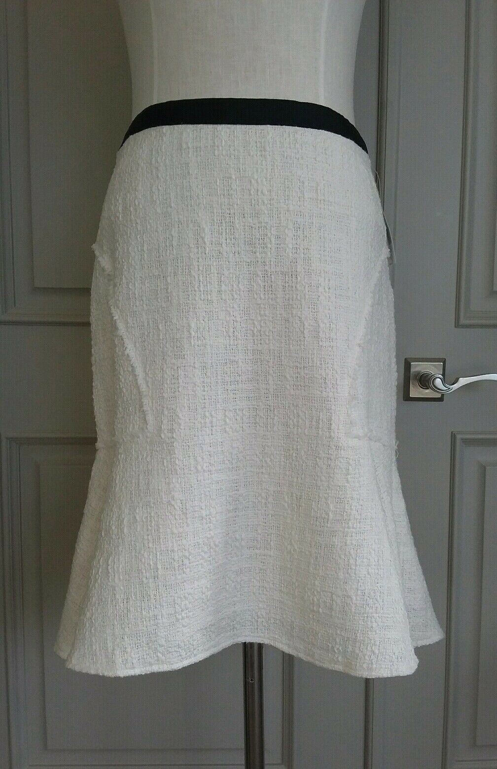 Nanette Lepore Ehite flare tweed skirt sz 6 NWT