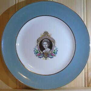 Queen-Elizabeth-II-Silver-Jubilee-Collectable-Plate-by-Enoch-Wedgwood-1977
