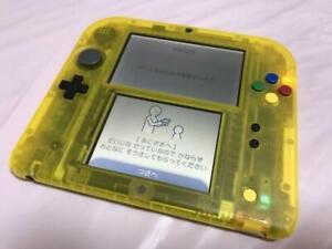 Nintendo-2DS-Pokemon-Pikachu-Pokemon-Center-store-limited-Console-only