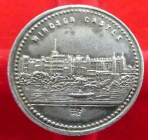 Extremely Rare Queen Victoria Medal Showing Windsor Castle On rear
