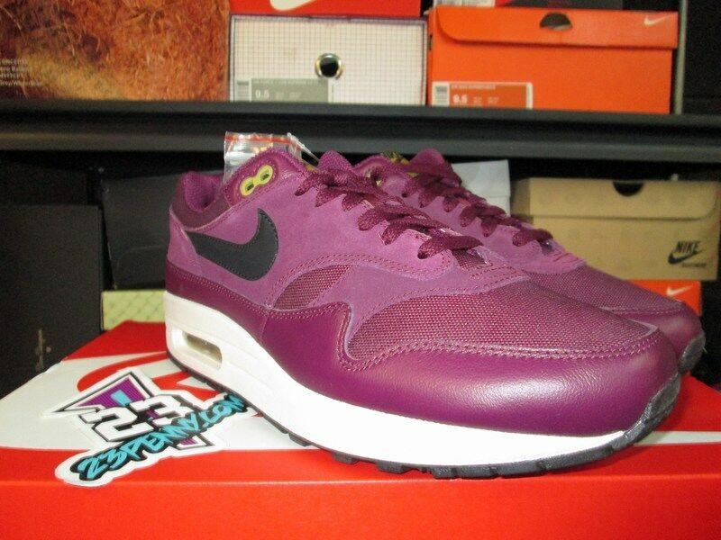 SALE NIKE AIR  MAX 1 875844 601 Price reduction
