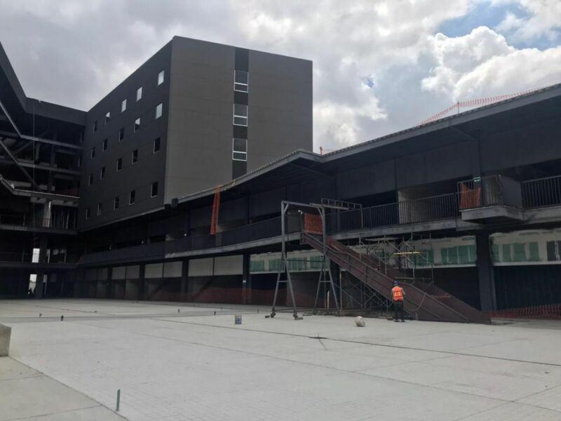 Inversión Inmobiliaria con Operación Hotelera