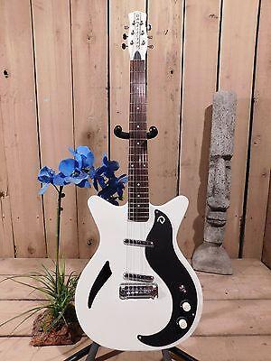 DANELECTRO 59m DC Spruce White w/ Black PG  Electric Guitar Display model SAVE!