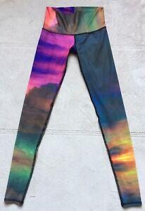 abc6e4cd6a5d4 TEEKI Women's Yoga Hot Pants Leggings, CLOUDS, Size XS, Fitness ...