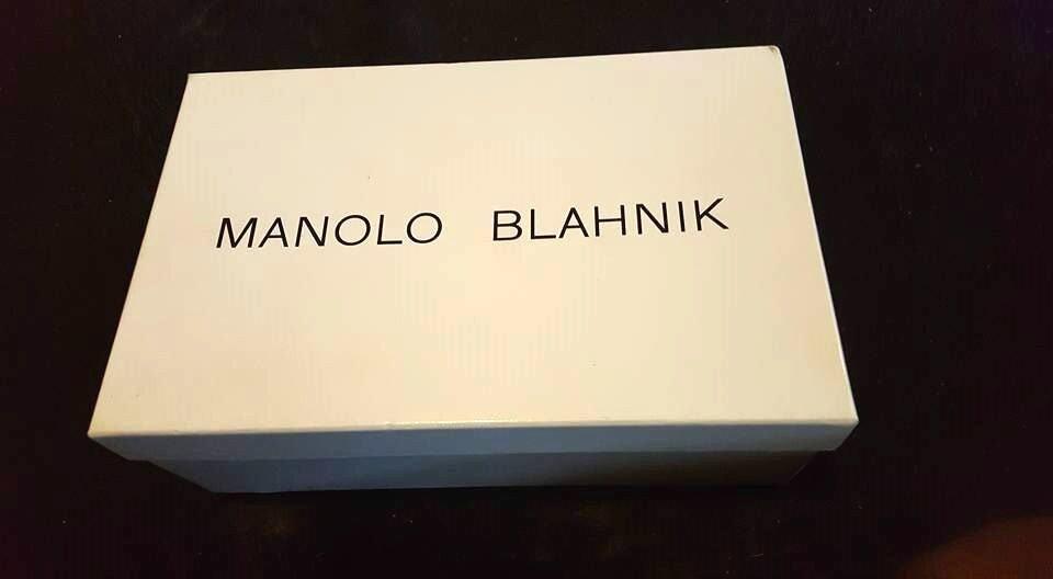 Manolo Blahnik Weiß Weiß Weiß Chaos Patent Strap Sandals Größe 10 NWB Retails  725.00 4c81f2