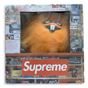 Supreme X 360 Toy Group - Figurine orange Camacho 2002 (plume)
