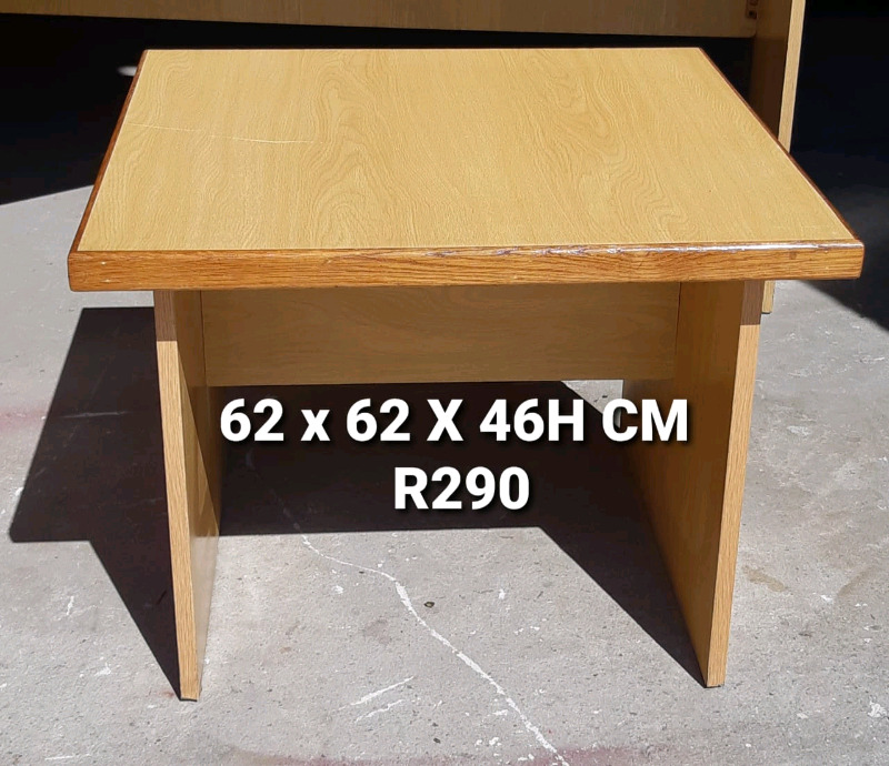EXCELENT QUALITY PRINTER TABLE FOR SALE