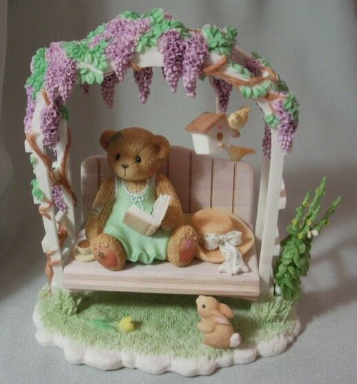 CHERISHED TEDDIE     GENEVIEVE -2002 MEMBERS ONLY   CT024 MINT IN BOX