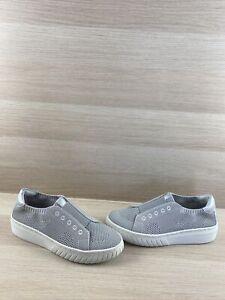 NWB Söfft PAYTON Gray Textile Slip On Low Top Fashion Sneakers Women's Size 11 M