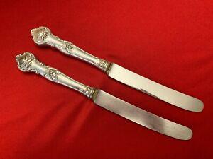 CHARTER-OAK-1847-Rogers-Bros-Silverplate-Set-of-2-DINNER-KNIVES-1906