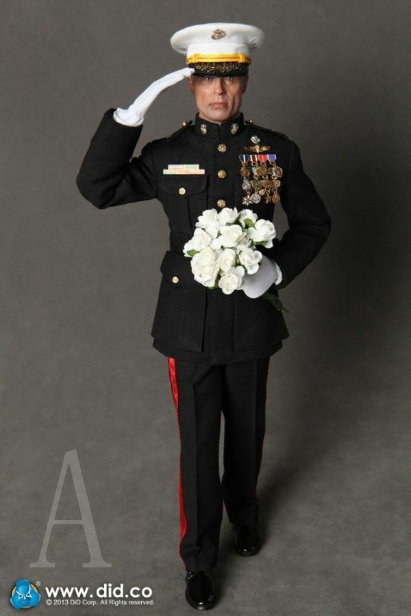 1 6 DiD Dragon US Marine Corps General Frank - Dress Marine
