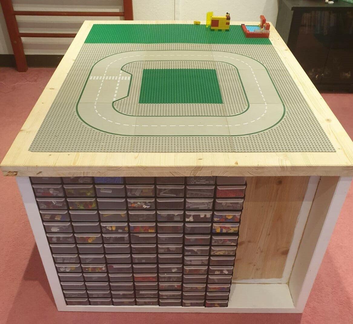 Lego Tisch aus Massivholz, Spieltisch, maßangefertigt