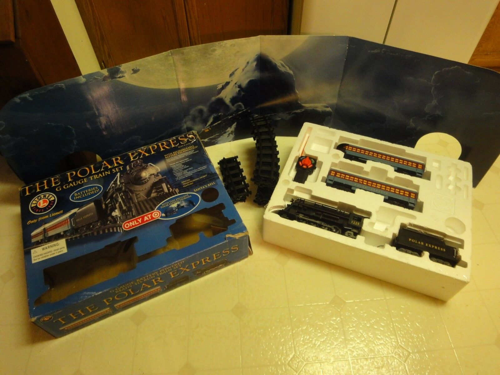 Lionel 7-11088 The Polar Express G scale train set, Target Exclusive  Works