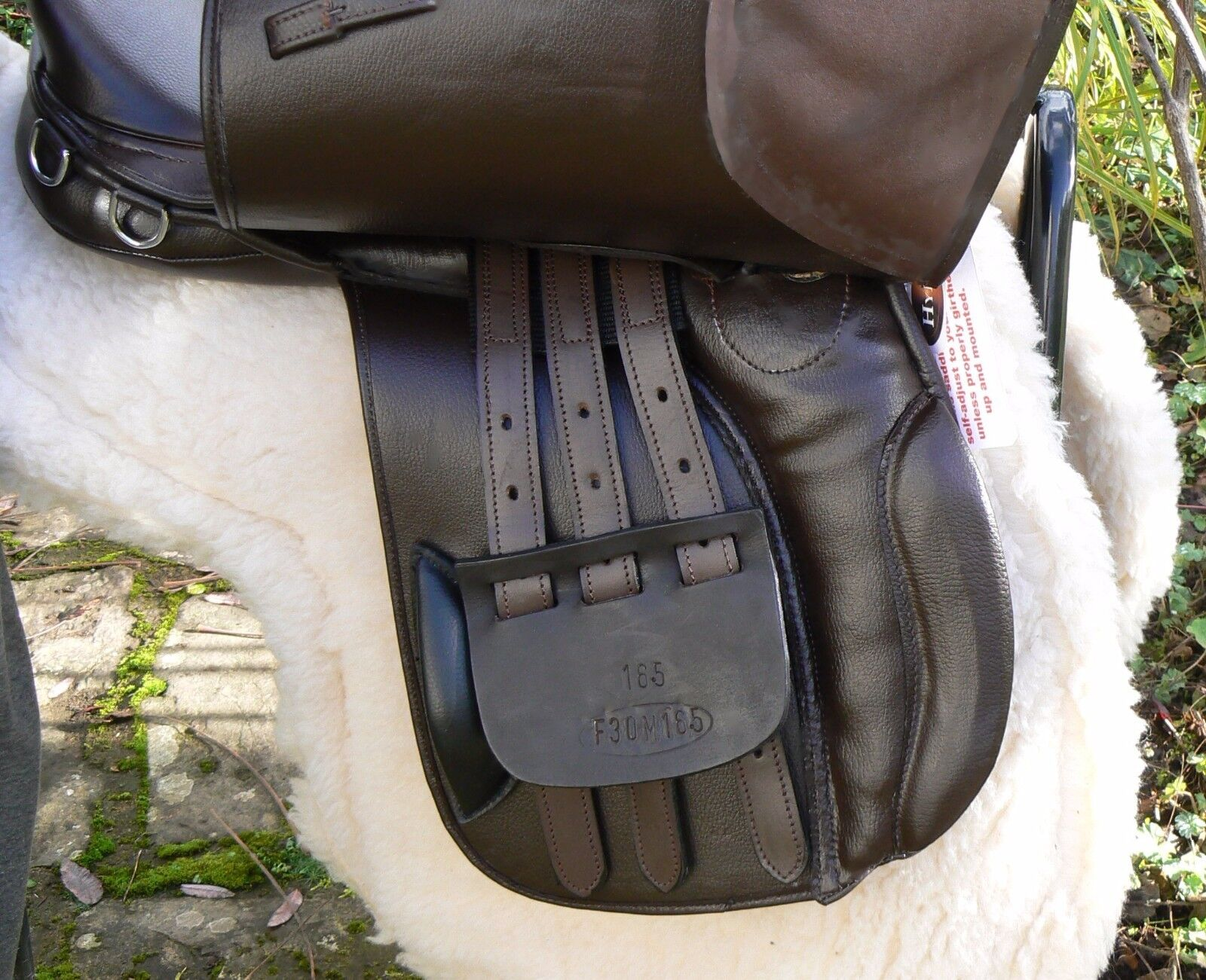 Synthetic Leder look at GP saddle with D-Flexflexi tree at look NEW lower price-braun a2f2c8