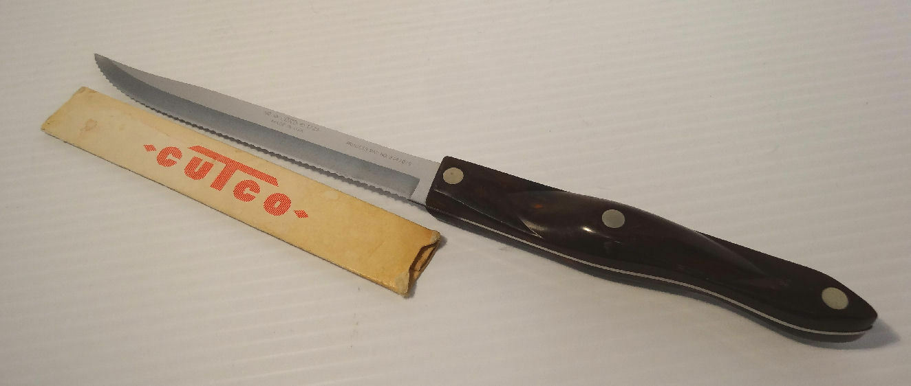 Cutco Classic  1729 Petite Carver Carving Knife Thomas Lamb Moulded Handle USA