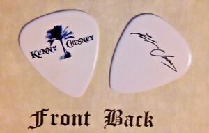 CHESNEY-KENNY-CHESNEY-band-logo-signature-guitar-pick-Q