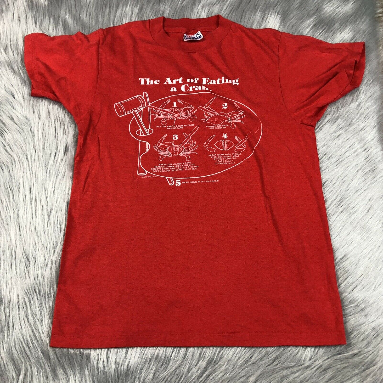 Vintage Adult Red White Art Of Eating Crab Novelty T Shirt