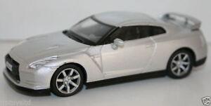 1-43-SCALE-DIECAST-METAL-MODEL-NISSAN-GT-R-2008-SILVER