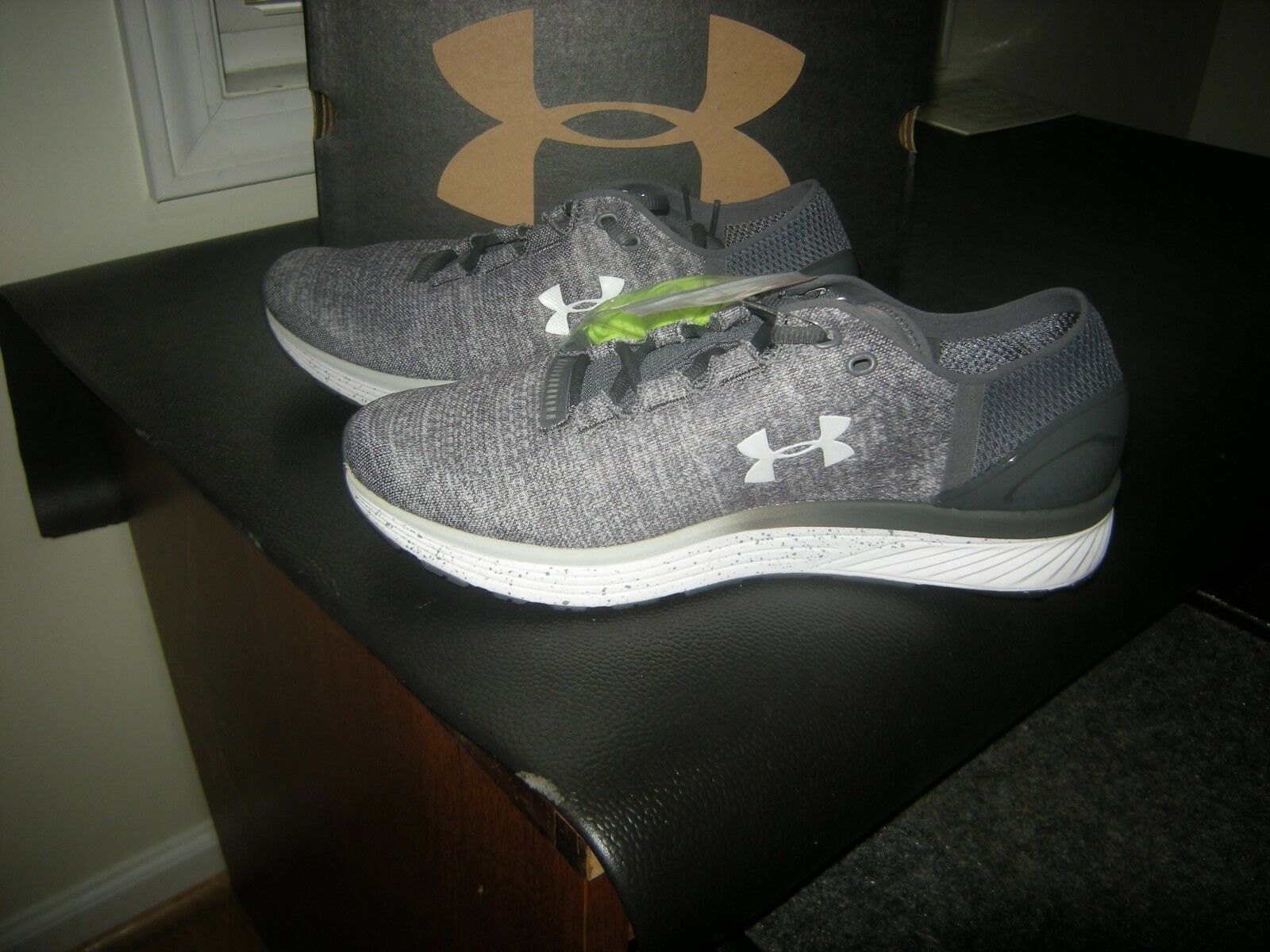 New Mens Gray & Green Under Armour Charged Bandit 3 Tennis Shoes Size 11