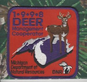 '98 Original Michigan Dnr Réussie Deer Hunting Patch-afficher Le Titre D'origine