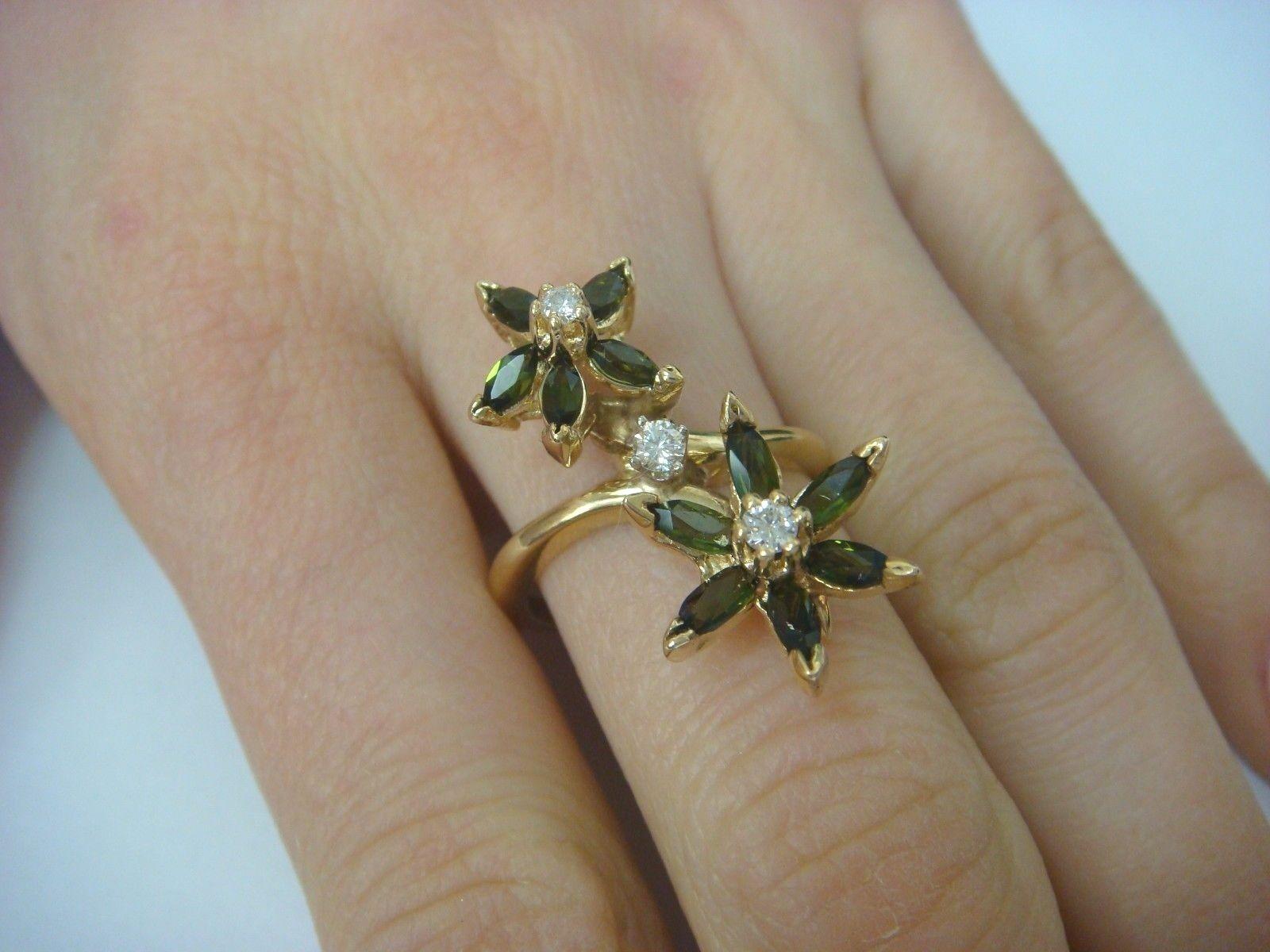 14K gold GREEN TOURMALINE & DIAMONDS FLOWER MOTIF LADIES RING 6.3 GRAMS SIZE 7