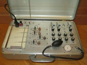 Stoelting-Polyscribe-Polygraph-Lie-Detection-Vintage-Instrument