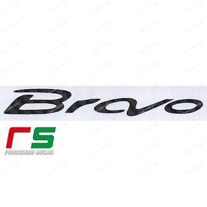 Fiat-Bravo-logo-ADESIVI-sticker-decal-carbon-look-3D