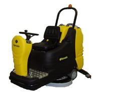 Tornado Bd 3330 Ride On Automatic Scrubber With 36v Wet Acid Batteries 99780c