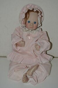 Vintage-Lee-Middleton-First-Moments-Open-Eye-1985-Life-Like-Red-Head-Doll-Signed