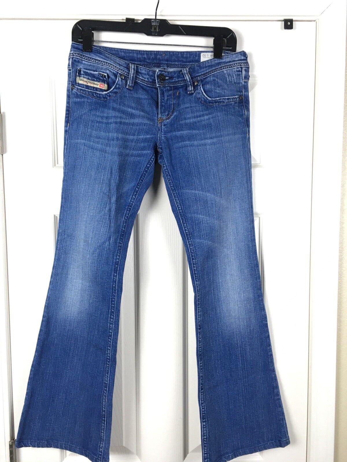 Diesel Jean Womens Size 26 Flare Legs Light bluee Wash Jeans A0042
