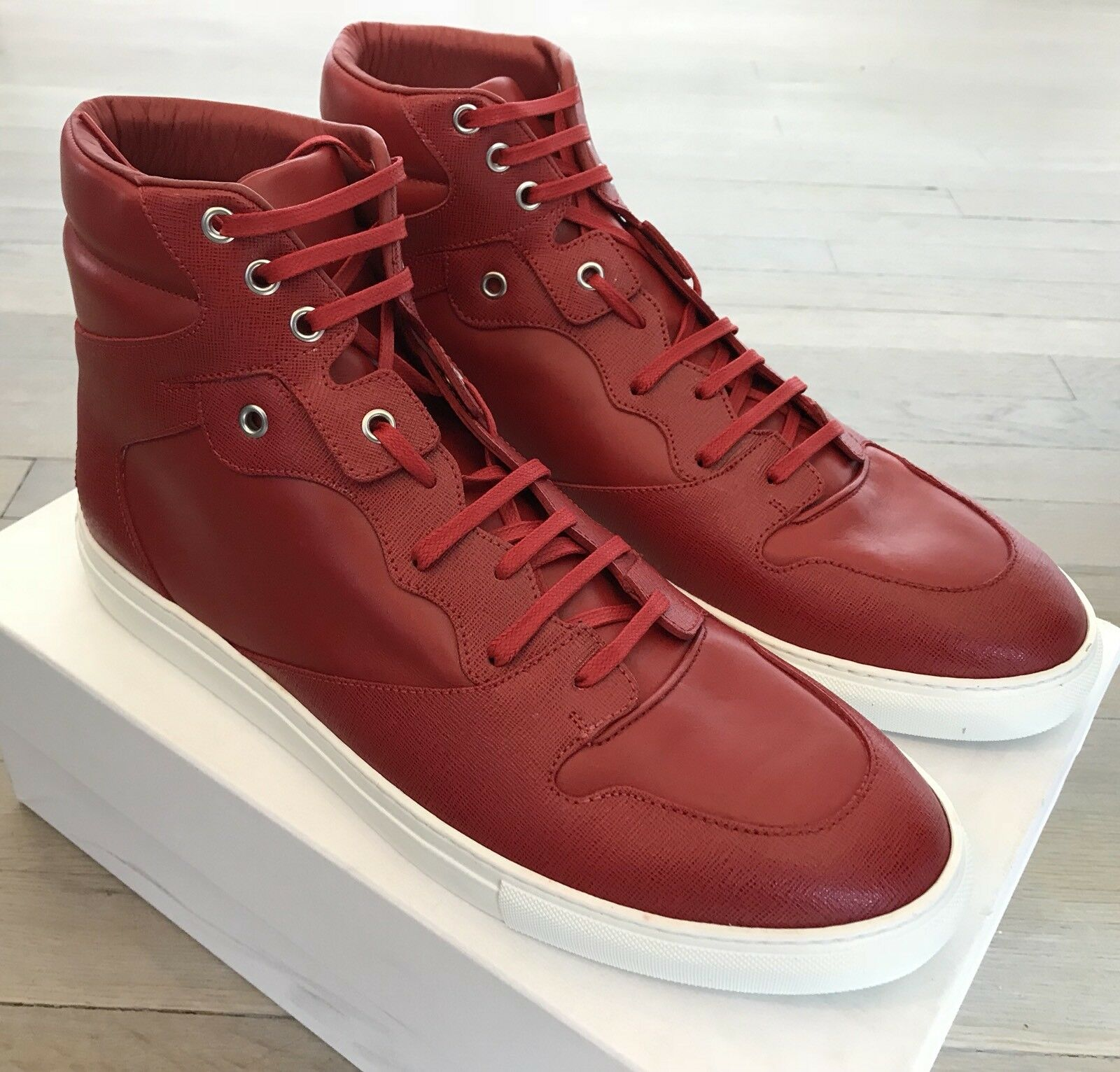 700  Balenciaga Red Leather High Tops Sneakers size US 11,