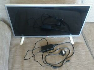 """Lg 28"""" smart tv 28lb490u with power supply (no remote) 28 inch television"""