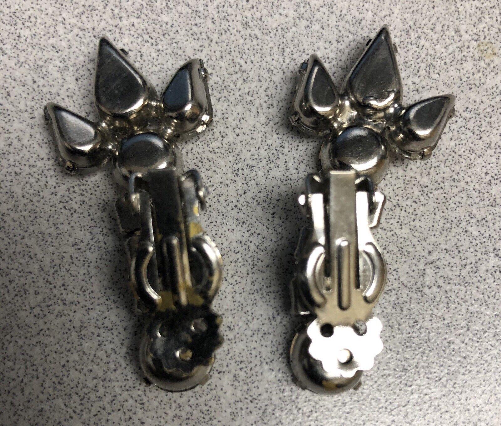 Vtg Clip Earrings  Dangle Rhinstones - image 3
