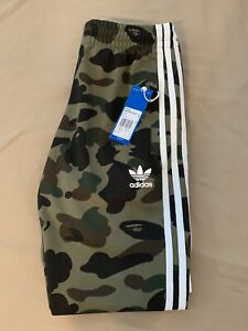 ba49c0442 BAPE X ADIDAS Adicolor Bape Green Camo TRACK Pants Size Sm 100 ...