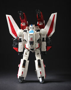 Takara-Tomy-Transformers-Cybertron-Con-2013-Henkei-Jetfire-Figure-100-Authentic