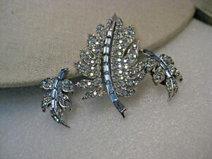 Vintage 1960/'s brooch and Earring demi parure set