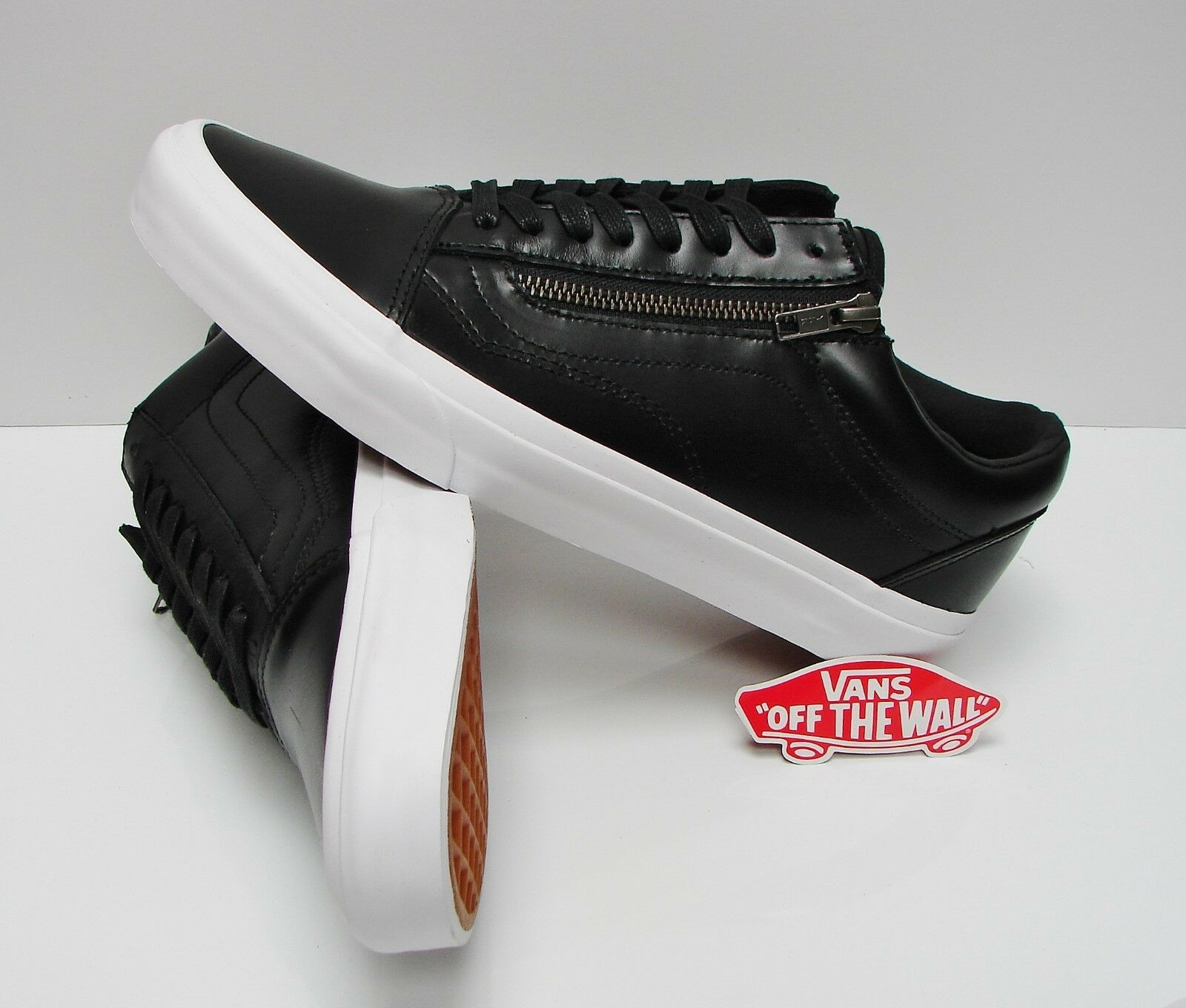Vans Old Skool Zip DX Smooth Leather Black VN0A38GBMS1 Women's Size: 5.5