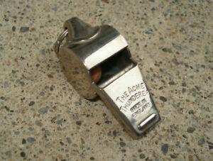 Vtg-The-Acme-Thunderer-Whistle-Made-In-England-Chrome-Finish-w-Ring-1-75-034-Long