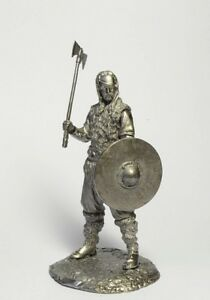 Tin-soldier-figure-Viking-54-mm