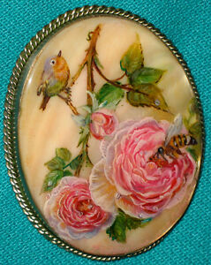 "Wonderful Russian Hand Painted ""Little Bird With A Rose"" Fedoskino MOP BROOCH"