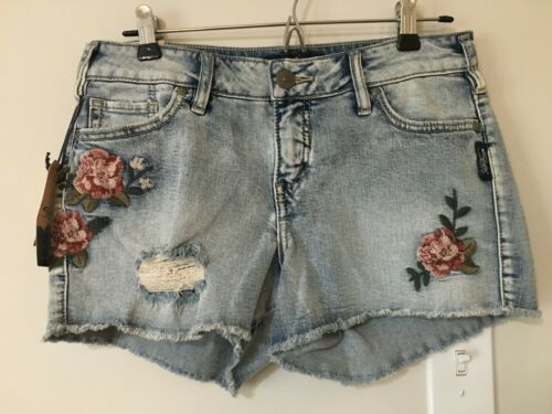 NWT Silver Jeans Aiko Denim Jean Shorts Size 26 Floral Embroidery
