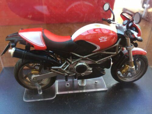 IXO bikes Bike magazine Ducati Honda Yamaha Bayliss Fogarty Hodgson Edwards 1:24