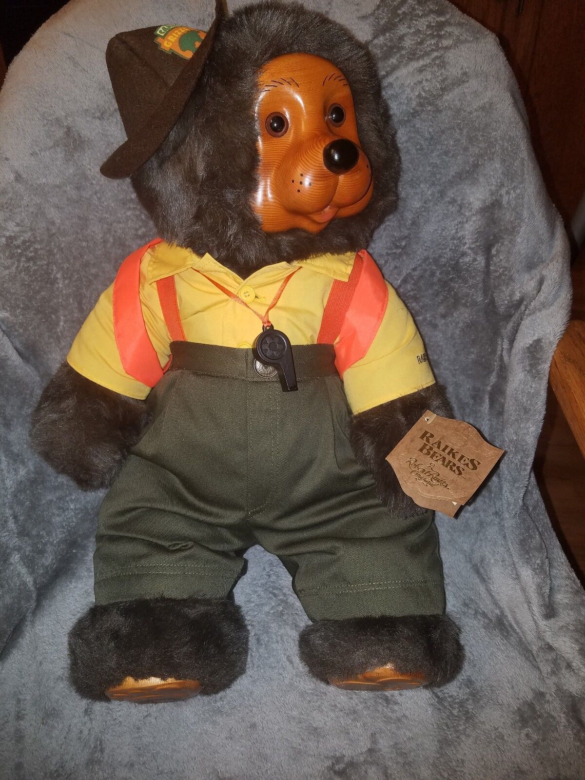 Raikes Bears - 1990 Grizzly Camp - Wendell w  COA & Original Box - Signed