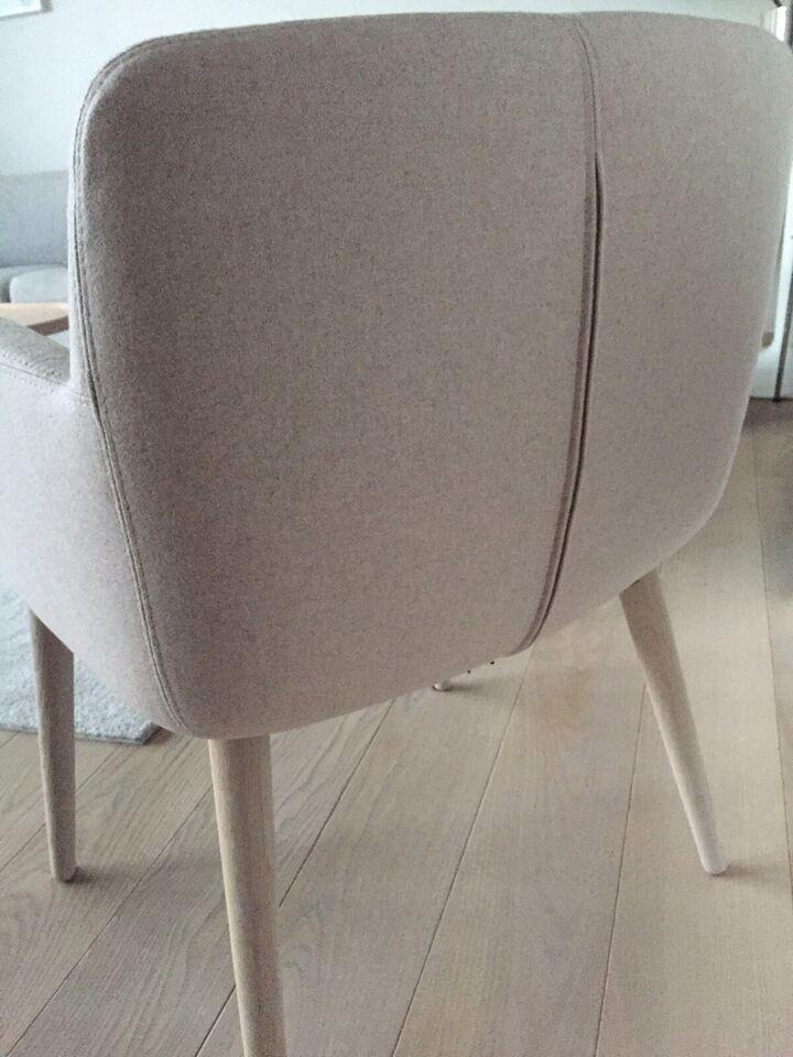Spisebordsstol, Hvidpigmenteret eg, Bolia