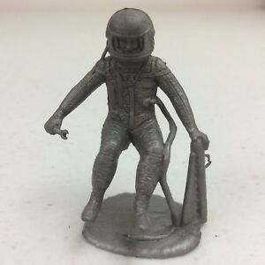 Vtg-1960-039-s-Marx-Operation-Moon-Base-Silver-Astronaut-Plastic-Figure-Toy