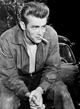 JAMES DEAN MOVIE PHOTO from the 1955 film REBEL WITHOUT A CAUSE