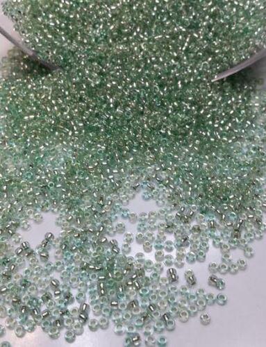 lot 20g de perles de rocaille ornella vert irisé ////11